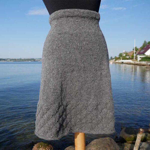 Kirsten Nyboe strikket nederdel
