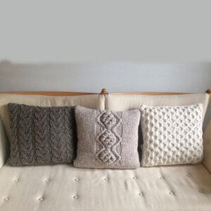 3 snoningspuder i sofa