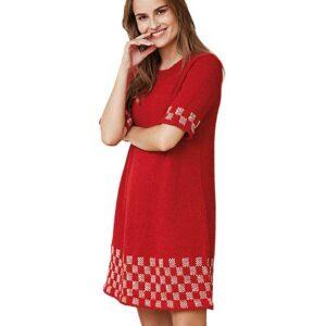 Strikket kjole med mønster